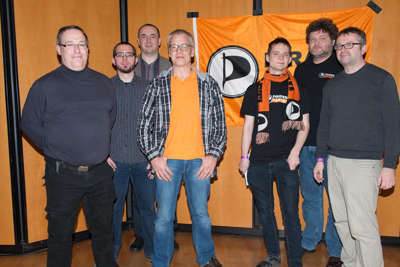 Neunter Vorstand der Piratenpartei Oberbayern: Dietmar Hölscher, Gerd Fleischer, Dietmar Teufel, Klaus Toll, Sebastian Haeutle, Klaus-Peter Segatz, Alex Kohler.