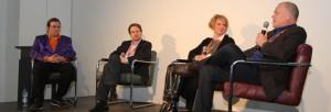 PIRATEN-Sicherheitskonferenz #psc15: moderierte Diskussion mit Dr. Mark Daniel Jaeger (2. v. l.), Yvonne Hofstetter (3. v. l.) und Dr. Rob Imre (r.). CC-BY-SA 3.0 Olaf Konstantin Krueger.